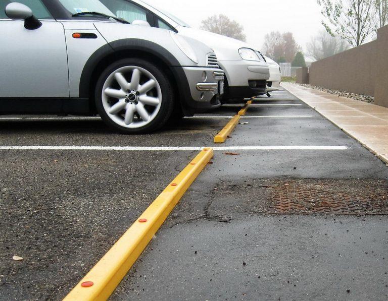 Stommpy car park rails